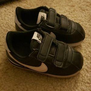 Nike Cortez SL Toddler Size 8c Used